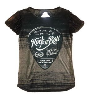 Camiseta Feminina Preta Rock com Correntes e Tule nas Mangas