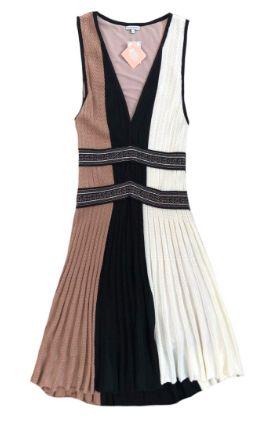 Vestido LE LIS BLANC Preto, Branco e Rosê em Tricô