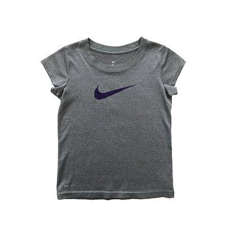 Blusa Nike Dri Fit Cinza e Roxa