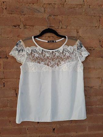 Blusa SUBLINI Off White com Renda