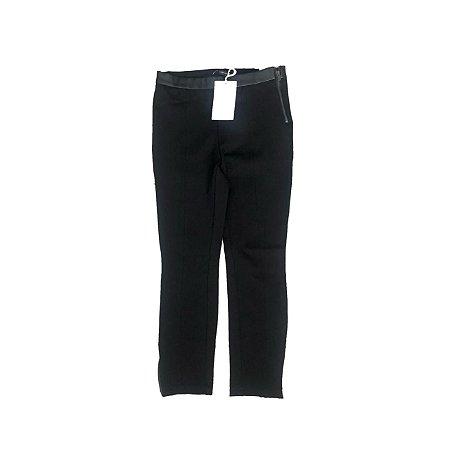 Calça Zara Preta com Detalhe Courino em Cintura com Etiqueta