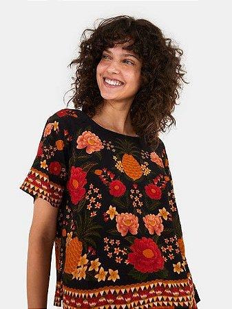 Blusa T-shirt Paraíso dos Abacaxis Farm