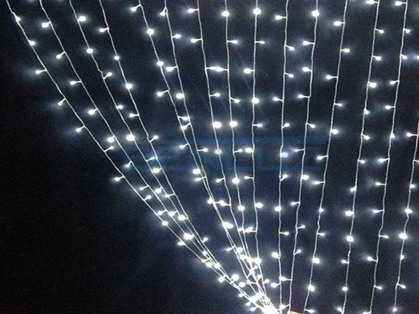 Cortina de LED Fixo 500 LEDs Fio Transparente 3x2,5 metros Branco Frio 127V