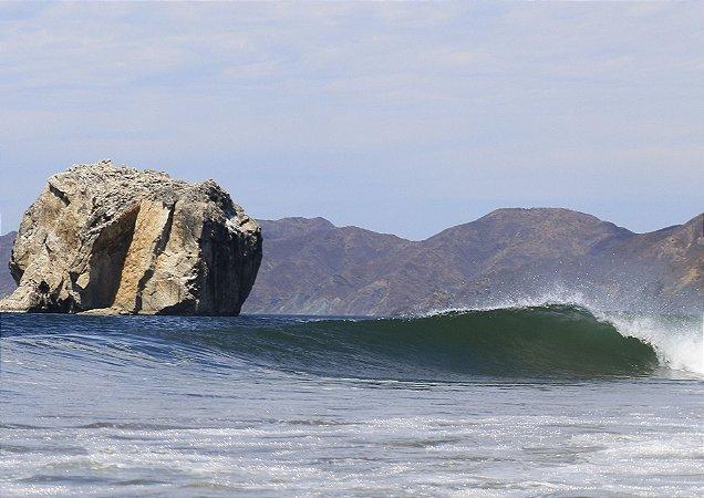 Lendária onda de Roca Bruja