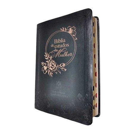 Bíblia De Estudos Da Mulher – Capa Em Couro Preto - NVT