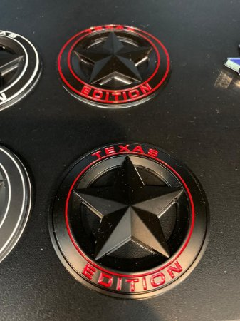 Emblema Texas Edition Redondo - Preto\Vermelho