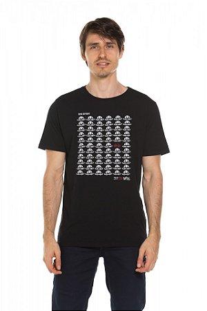 Camiseta Think Different - Preta