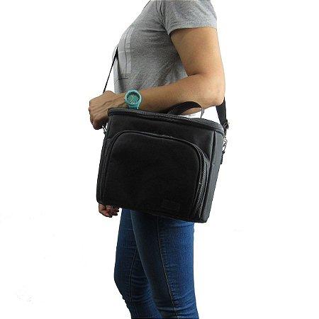 Bolsa Térmica Cooler 10,5 Litros com Bolso Frontal E Alça de Ombro Reforçada