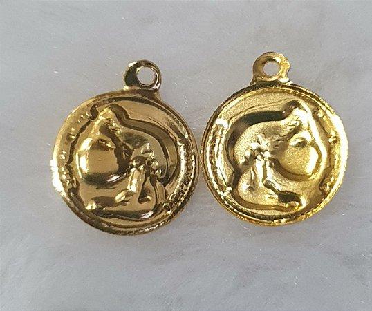 Pingente Moedinha Dourada - latão - (Pacote com 20 Moedinhas) -Tamanho = 13mm