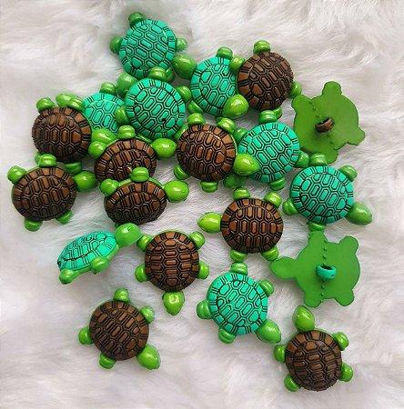 Botão plástico Tartaruga - Verde ou Marrom - 23X23MM *(Pacote com 3 botões)