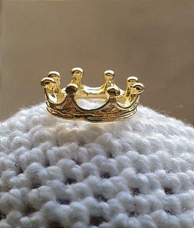 Coroa pingente em ferro com 8 pontas (PP) , 1,5x1,0cm  dourada - Venda por Unidade