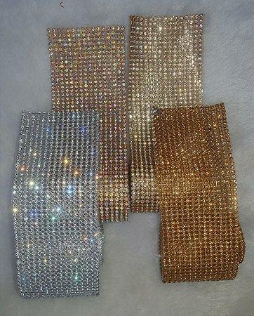 Manta de Strass Alto Brilho - Tamanho 60mm X 460mm (6x46 cm) - Cores: Dourada Strass cristal, Dourada pedra mel, prata com Strass cristal e dourada com Strass neon (furta-cor)