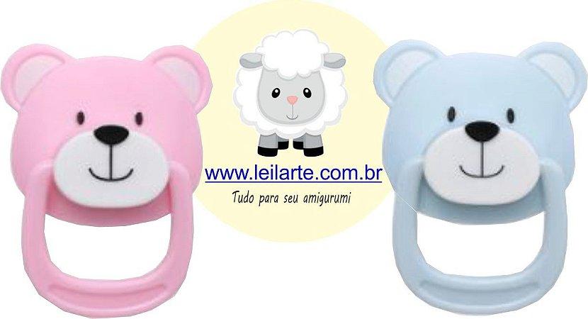 Chupeta Magnética  URSO,  para Bonecos de Amigurumi, bebe reborn, feltro, tecido. Embalagem: 1 chupeta e um imã de neodímio para a parte interna da boca. Cores: Azul ou Rosa