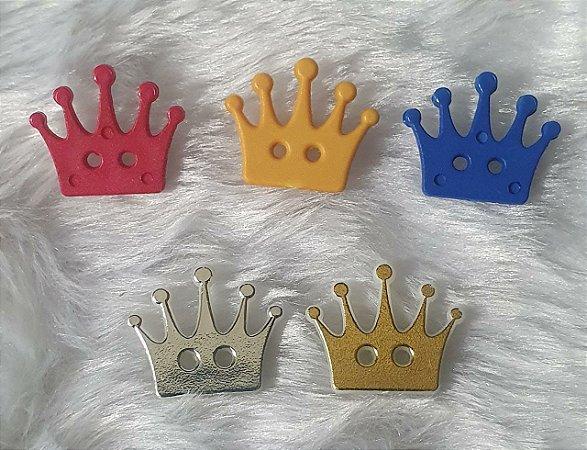 Botão Coroa com dois furos - Cores: Dourado, prateado, vermelho, royal, amarelo - 19x16mm - Embalagem com 6 unidades da mesma cor -