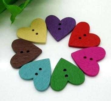 Botão de madeira, 2 furos,  coração colorido grande - 25mm - Embalagem com 10 unidades de cores aleatórias
