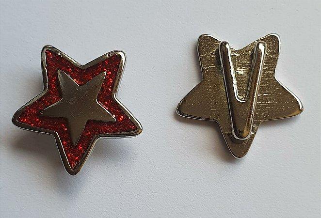 Passante de metal, Passa Fita ou cordão  - Estrela com glitter Vermelho- 16mm diâmetro - Embalagem com um par -