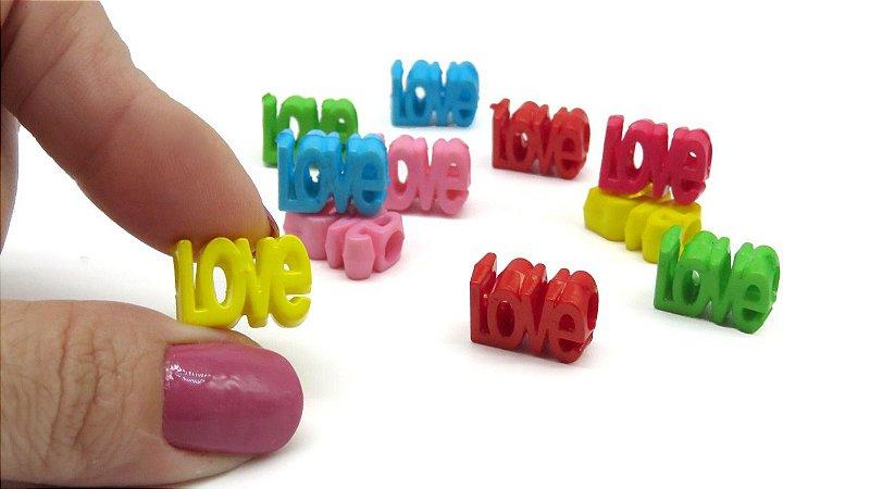 Passante LOVE - 16x12mm - furo de 5mm -  *embalagem com 14 unidades de cores variadas*