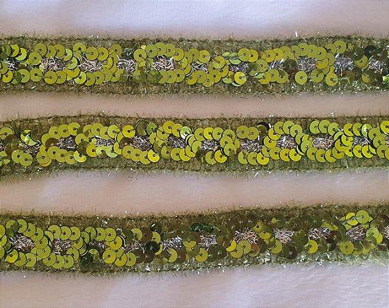 Passamanaria Rosa com paetês Verde  - 25 mm aprox.  - REF: 4514- (Venda por metro)