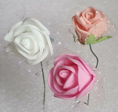 Bouquet de Flor em EVA com tule-  Cores: Branco, Rosa, Rosê e vermelho - *maço com 12 rosinhas*