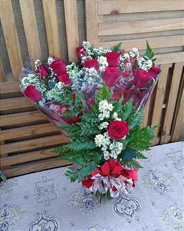 Buquê 12 Rosas (Vermelhas) Luxo