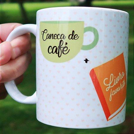 Caneca de Café + Livro Favorito + Dia de Chuva = <3