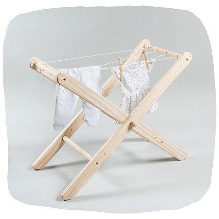 Varal de roupas de madeira