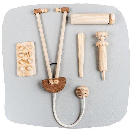 Kit médico de madeira