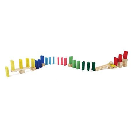Brinquedo de Madeira - Efeito Dominó - 38 peças