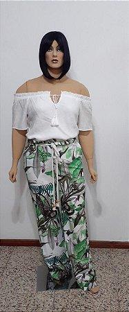 Blusa ciganinha com ajuste no decote