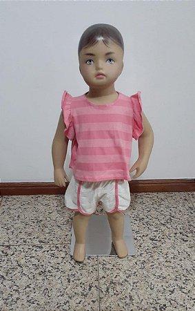 Conjunto blusa e shorts com vivo contraste