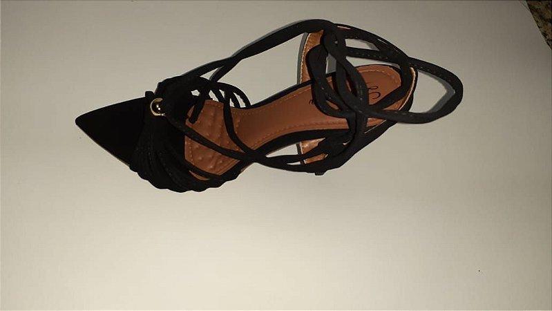 Sandália preta salto 10cm com amarração tornozelo
