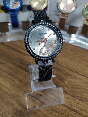 Relógio feminino Swarovski - Preto
