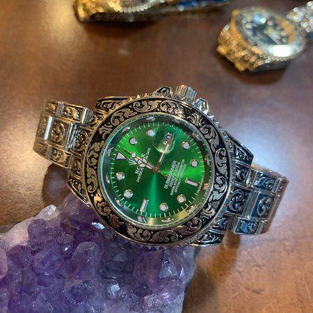 Relógio Rolex Caveira (Skull) Prata fundo verde