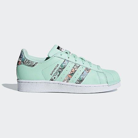 d36cab797bf Tenis Adidas Superstar Verde - Sportlet Sneakers