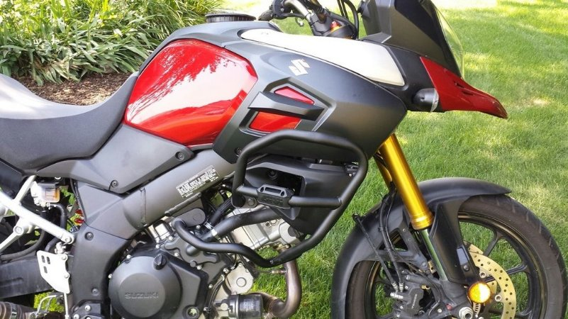 Protetor de Motor e Carenagens GIVI para Suzuki Vstrom 1000 - novas