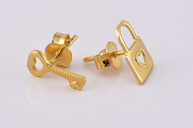 Brinco Duo Chave e Cadeado Folheado em Ouro 18k