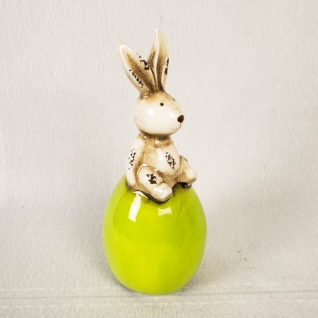 Coelho de cerâmica sentado no ovo - Verde 17cm