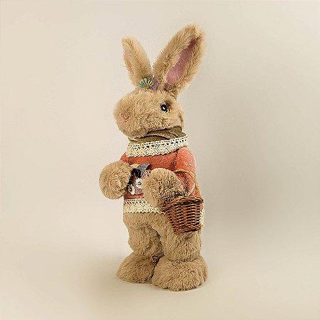 Coelho de pelúcia c/ suéter e cestinha 32cm