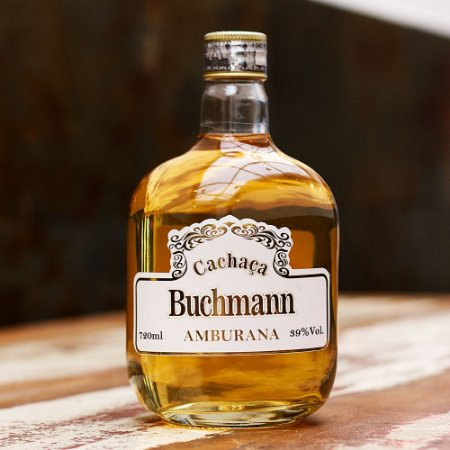 Cachaça Buchmann Amburana 720ml