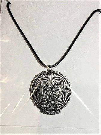 Colar em couro com Medalha de Escrava Anastácia