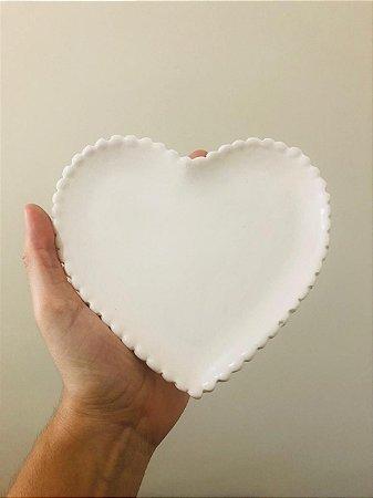Pratinho Decorativo de Cerâmica Branco em formato de coração