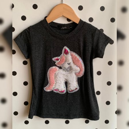 T-Shirt unicórnio pelúcia