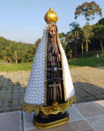 Imagem de Nossa Senhora Aparecida artesanal com pérola.