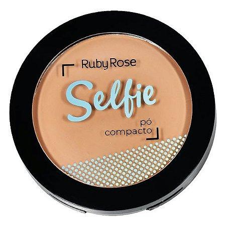 Pó Bege Claro 02 Selfie - Ruby Rose
