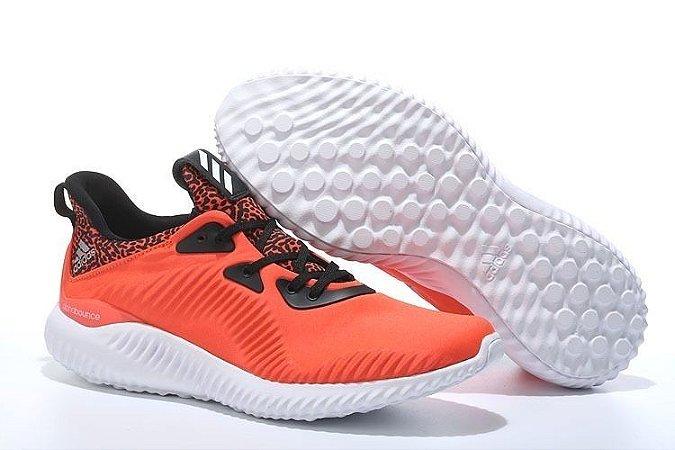 Tênis Adidas AlphaBounce - Masculino - Laranja