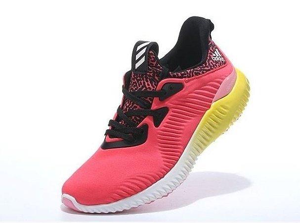 Tênis Adidas AlphaBounce - Feminino - Rosa