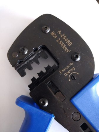 Alicate  Profissional para Crimpagem Conector MC4 A2546B  para cabos de 2,5mm²-4,0mm²-6,0mm²