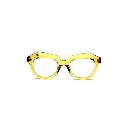 Armação para óculos de Grau Gustavo Eyewear G37 104. Cor: Âmbar translúcido. Haste animal print.