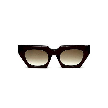 Óculos de Sol Gustavo Eyewear G137 9. Cor: Preto. Haste animal print. Lentes cinza.