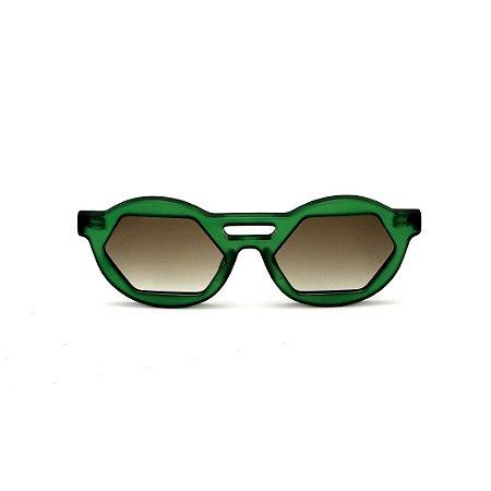 Óculos de Sol Gustavo Eyewear G134 4 Cor: Verde translúcido. Haste preta. Lentes marrom.